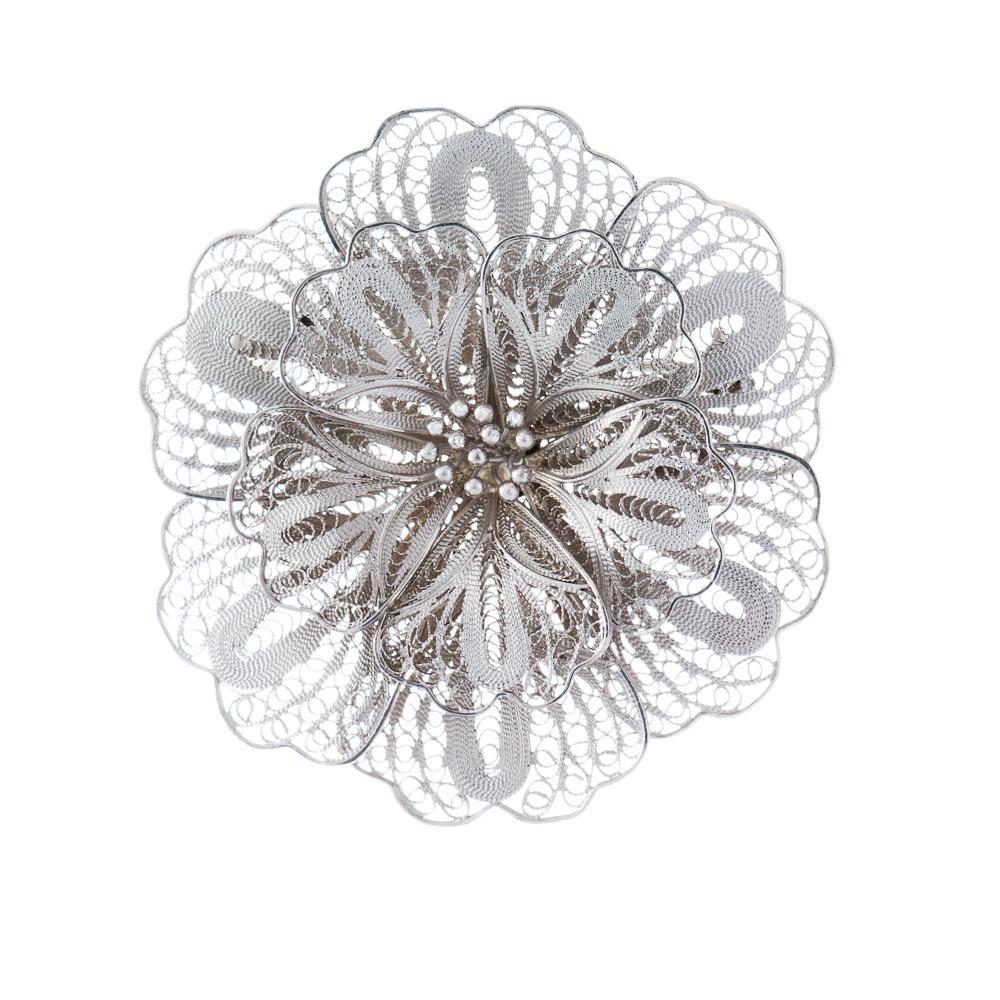 Брошь женская из серебра в форме цветка • Fidelis